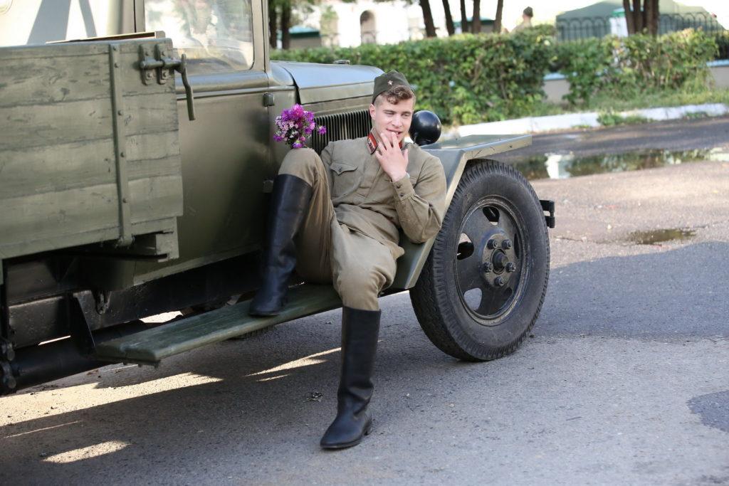 Глеб Бочков в роли сержанта Яхина